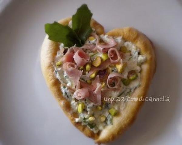 Sfoglia,philadeplhia mortadella e pistacchio