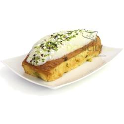 Plumcake al pistacchio farcito con crema dolce