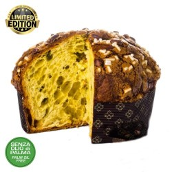 Panettone with pistachios